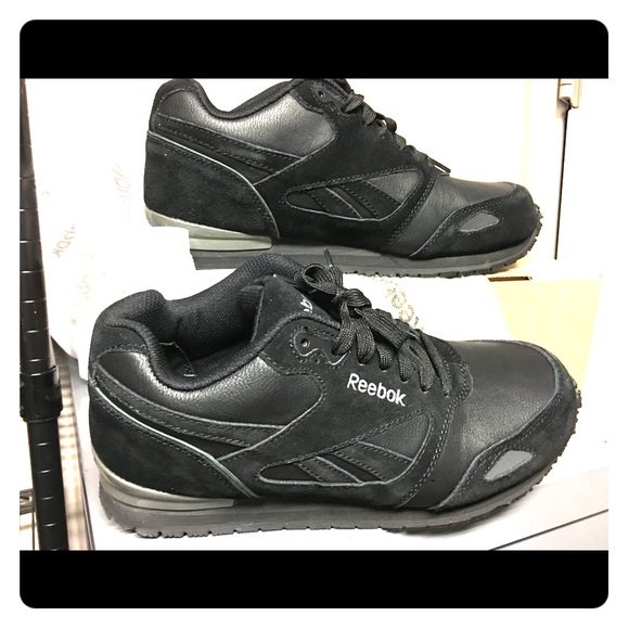 9fe716b5dfaa Reebok Shoes - Reebok slip resistant shoes size 10